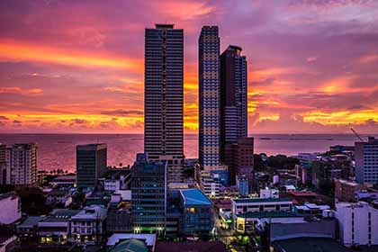 A scenic view of Manila Bay when you visit Manila